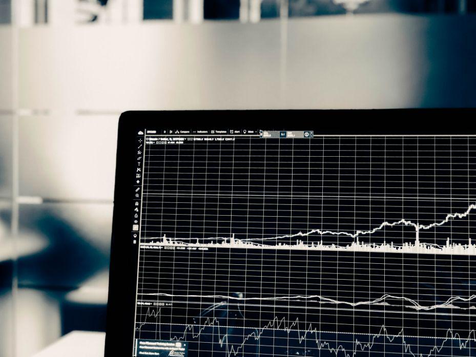 Settore distillatorio e andamento economico: l'analisi di Daniele Serio di Format Research